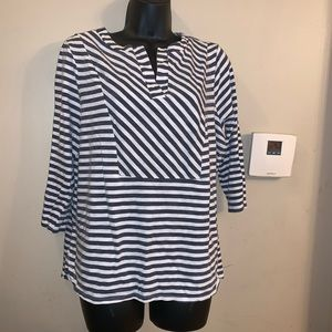 Blue striped shirt with 3/4 sleeve